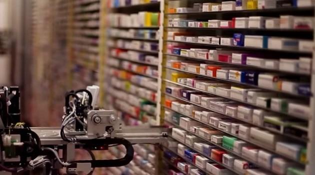 В Алматы выдавать лекарства пациентам будет аптечный робот