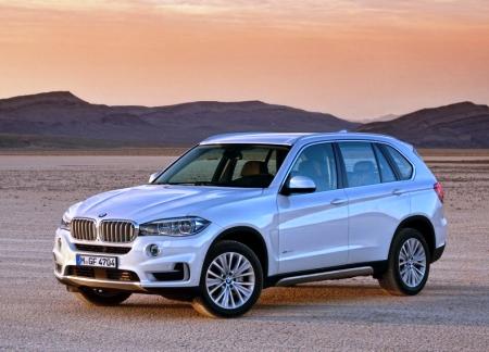 Компания BMW показала X5 третьего поколения
