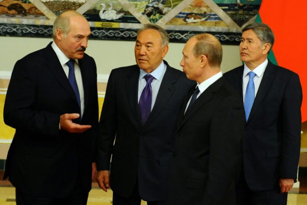 Кому мешает Кыргызстан в ТС?
