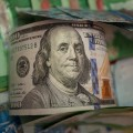 Курс доллара снизился до361тенге