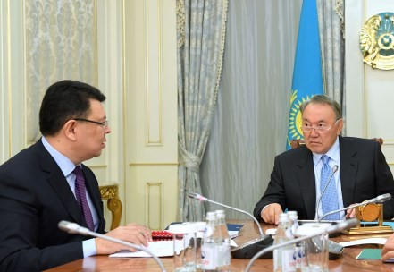 Президент снял выговор сКаната Бозумбаева