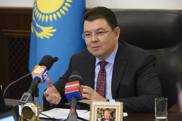 Канат Бозумбаев призвал казахстанцев набраться терпения