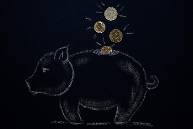 Как казахстанцы копят деньги