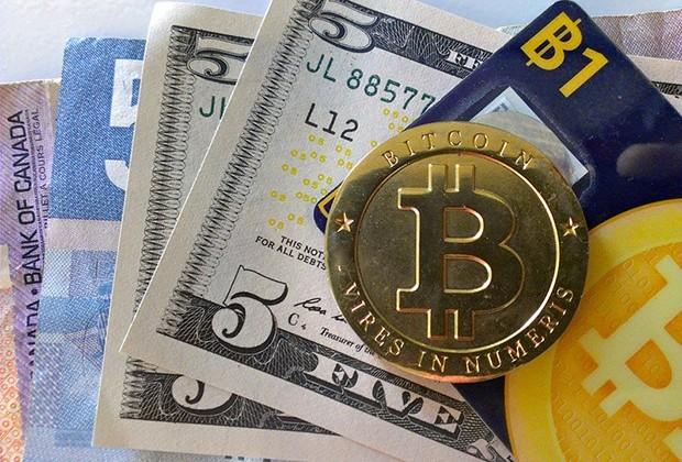 Курс биткоина достиг максимума сянваря 2014года