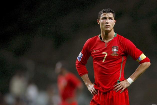 Английская пресса назвала Криштиану Роналду футболистом года