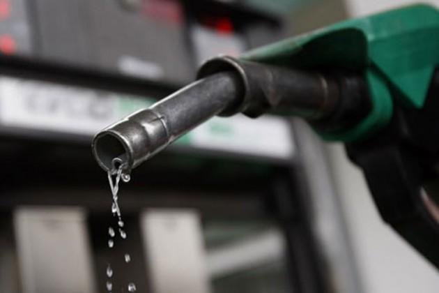 Из-за нерентабельности Беларусь прекратила поставки бензина в РФ