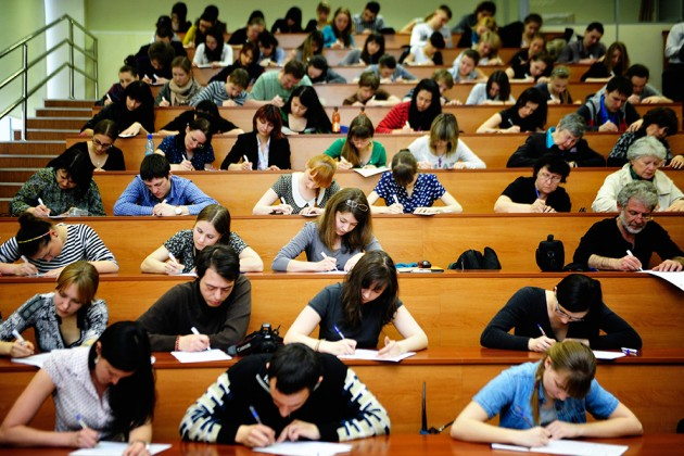 Ерлан Сагадиев овысокой стоимости высшего образования вКазахстане
