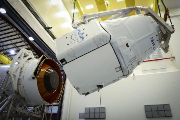 Космический корабль Илона Маска стал многоразовым