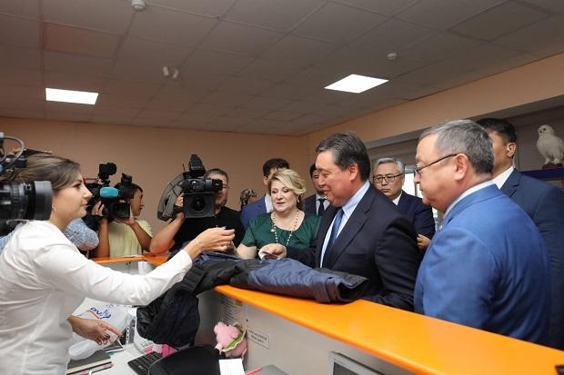Аскар Мамин поддержал казахстанского производителя