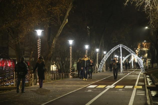 На200улицах Алматы устанавливают энергосберегающее освещение