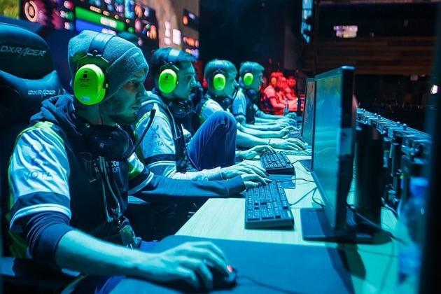 Чем предпринимателей привлекает киберспорт?