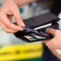 Как экономить с банковскими картами?