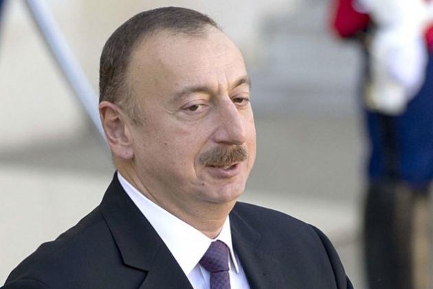 Семью Ильхама Алиева заподозрили в получении прибыли на девальвации