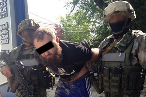 КНБ задержал преступную группу по сбыту огнестрельного оружия