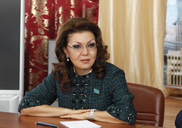 Покупка служебных квартир должна быть отрегулирована государством - Дарига Назарбаева