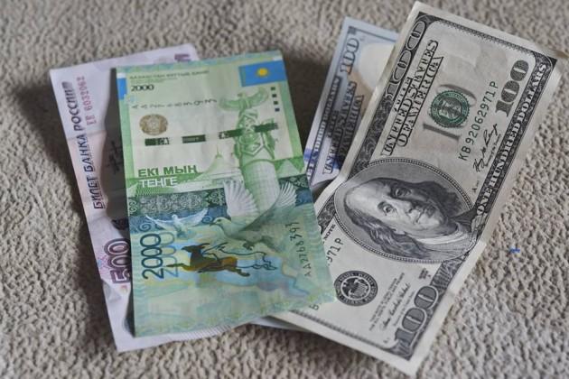 Тенге удерживает уровень 311за доллар