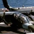 На Филиппинах упал в море военный самолет