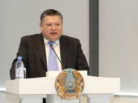 Госсекретарю РК неудобно за наплыв исторических графоманов