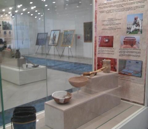 Домбра иличные вещи Жамбыла Жабаева представлены навыставке вАстане
