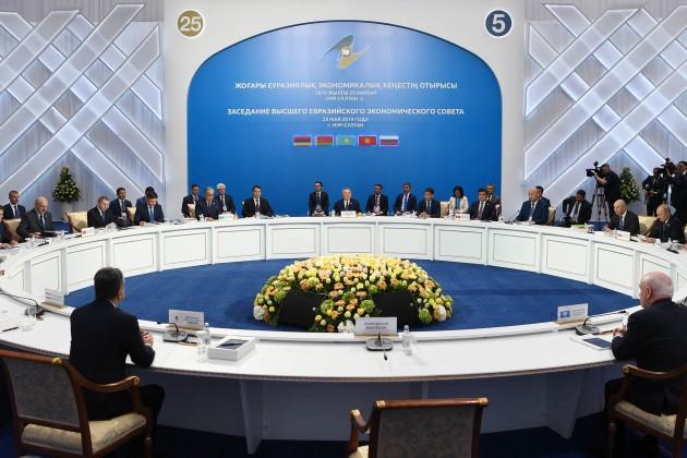 Из-за торговых войн ЕАЭС нужна новая стратегия