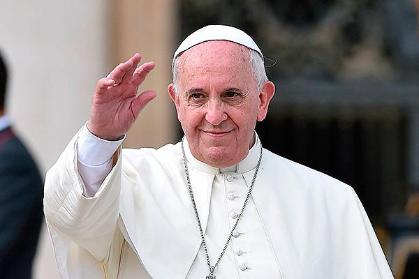 Назарбаев пригласил Папу Римского на EXPO-2017