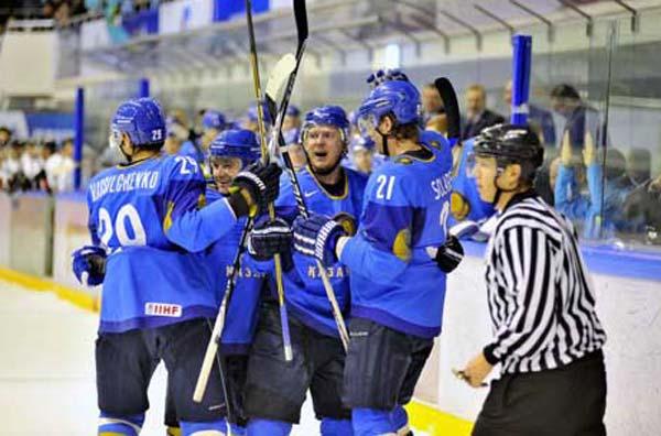 Казахстанские хоккеисты крупно выиграли у сборной Великобритании