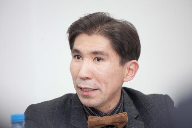 Досым Сатпаев: У нас так и не создали новую партийную систему