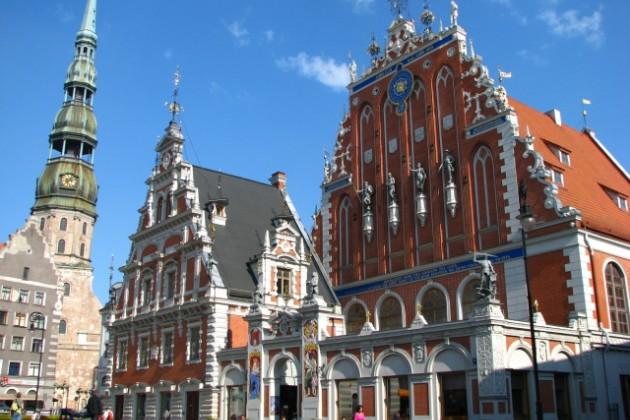 Латвия привлекает «шенгенской» пропиской
