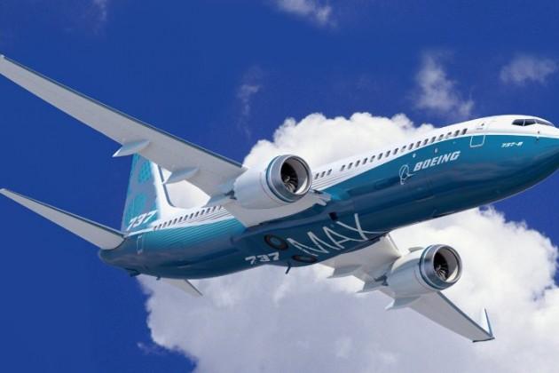 Boeing испытал новый самолет 737MAX 9