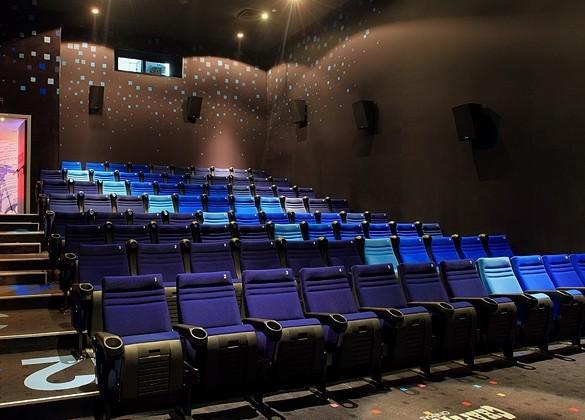 Кинопрокатчики в РК собрали за год 10 млрд.