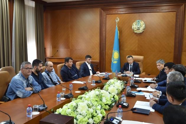 Наюге Казахстана построят две солнечные электростанции
