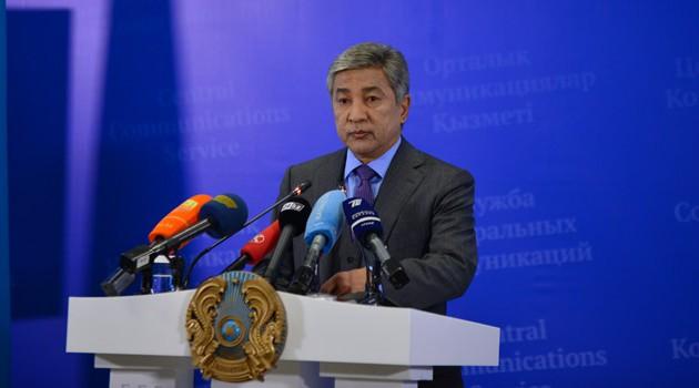 Министр обороны призвал максимально продвигать продукцию на внешние рынки