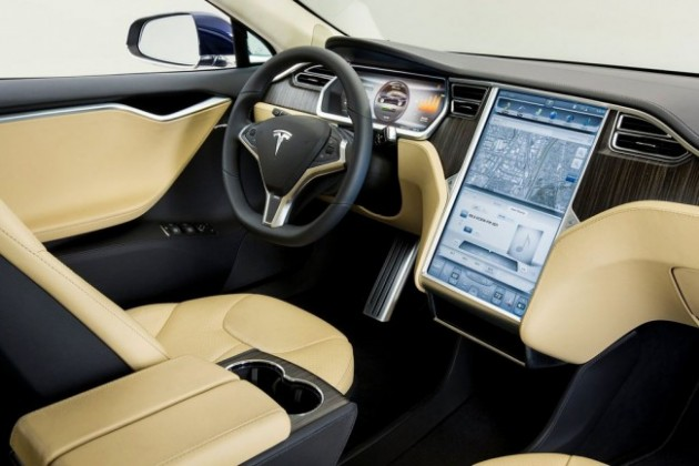 Tesla не сможет поставить обещанные 90 тысяч электромобилей