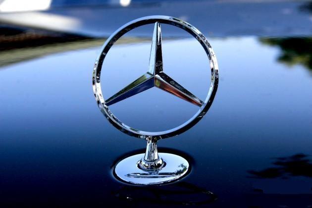 Мировые продажи автомобилей Mercedes-Benz резко выросли