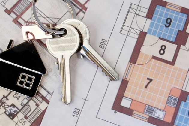 Объем сделок на рынке жилья сократился на 14%