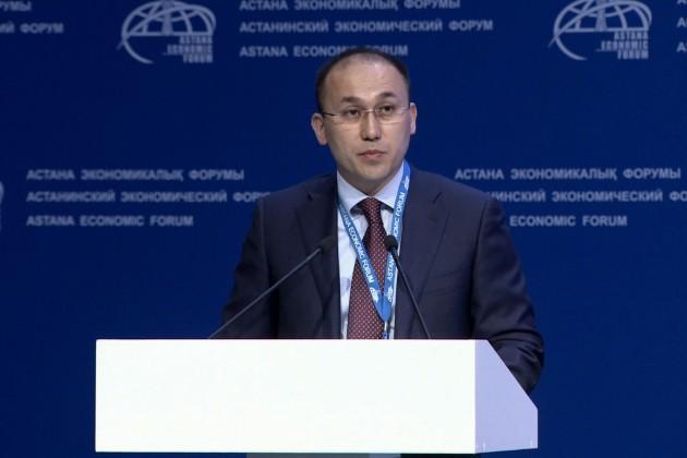 Даурен Абаев высказался обинвестициях ЕНПФ вобанкротившийся банк Азербайджана