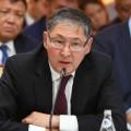 Ерлан Сагадиев пообещал решить проблему тяжелых портфелей