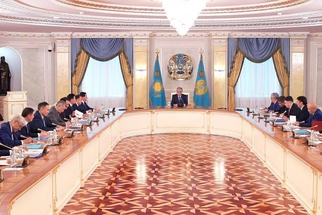 Касым-Жомарт Токаев провел совещание с акимами
