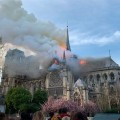 Часть Собора Парижской Богоматери уничтожена пожаром