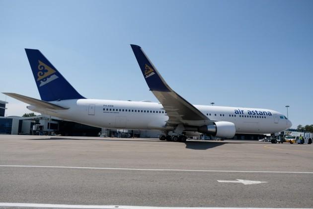 В Эйр Астане объяснили возврат самолета в аэропорт Нур-Султана