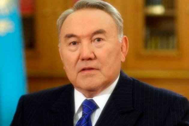 Назарбаев вступился за тех, кто не знает госязыка