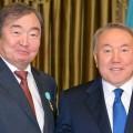 Президент поздравил Олжаса Сулейменова с юбилеем