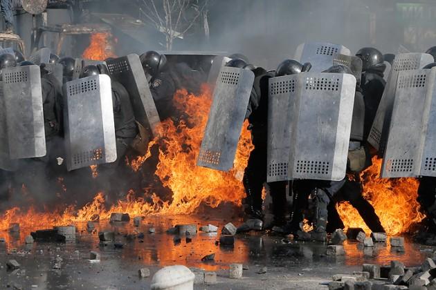 Казахстан просит прекратить кровопролитие в Украине