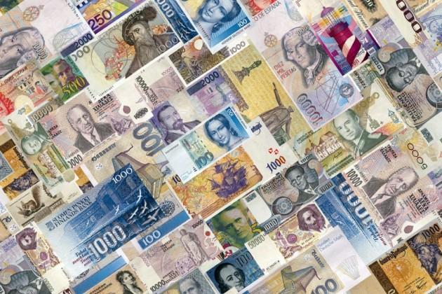 Все национальные валюты стран СНГ в 2014 году корректировались