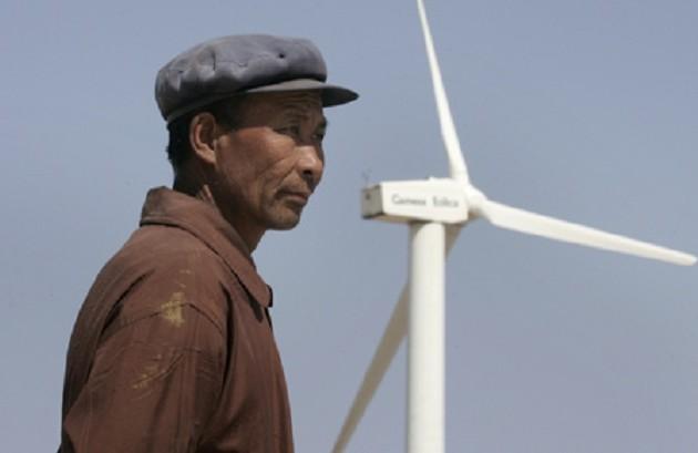 Китай вновь признан лидером для инвестиций в зеленую энергетику