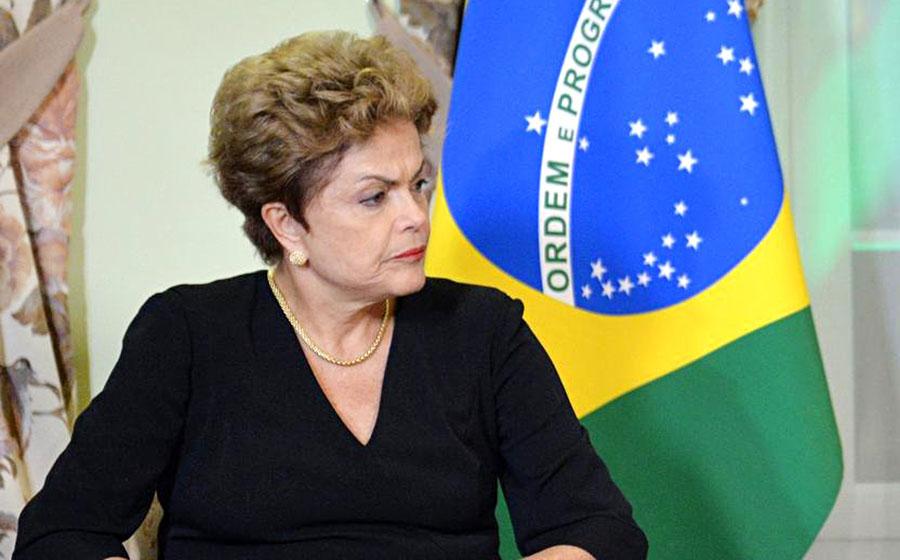 ВБразилии протестуют противники импичмента Руссефф