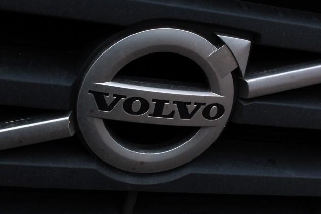 Volvo прекратит делать машины сбензиновыми двигателями в2019году