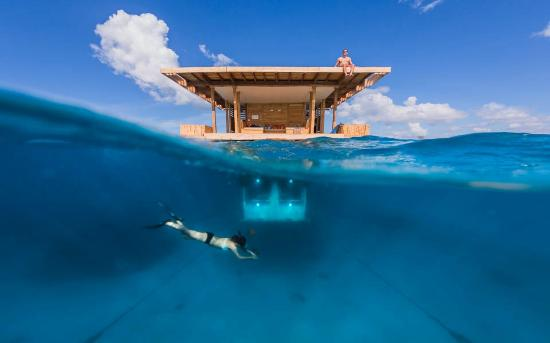В Африке открылся подводный отель