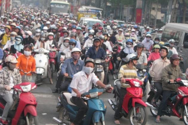 Скутеры загрязняют воздух сильнее грузовиков