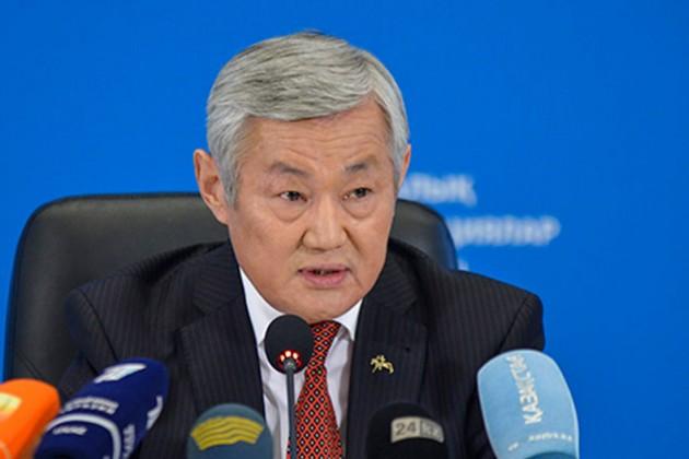 Бердыбек Сапарбаев призвал владельцев аптек неповышать цены
